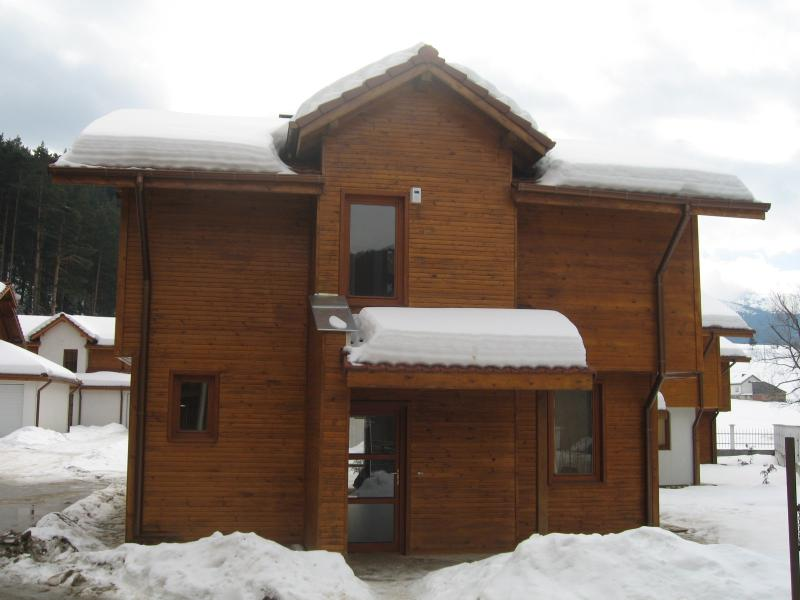 Amber Lodge, Chalet 1, Madzhare, 2022, vacation rental in Borovets