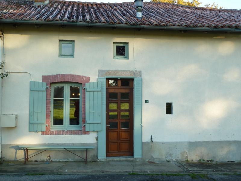 little house, vacation rental in La Croix-sur-Gartempe