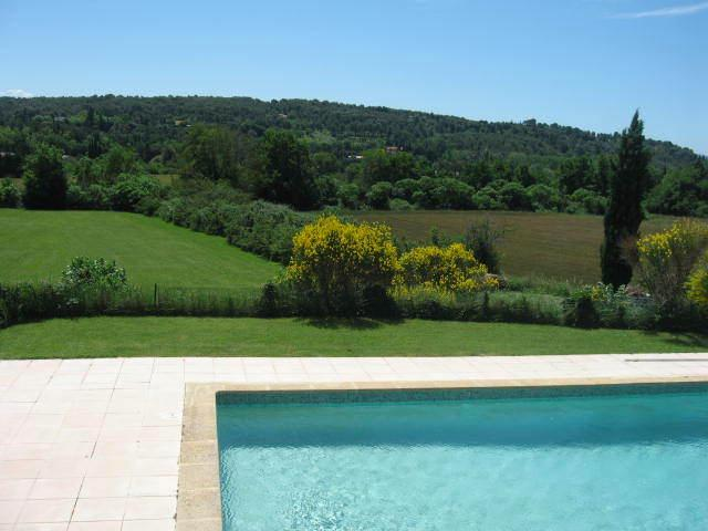 Sauvagine 1 Cool! Quiet countryside ,5mn city, ,magnificent view,air-conditioned, holiday rental in Aix-en-Provence