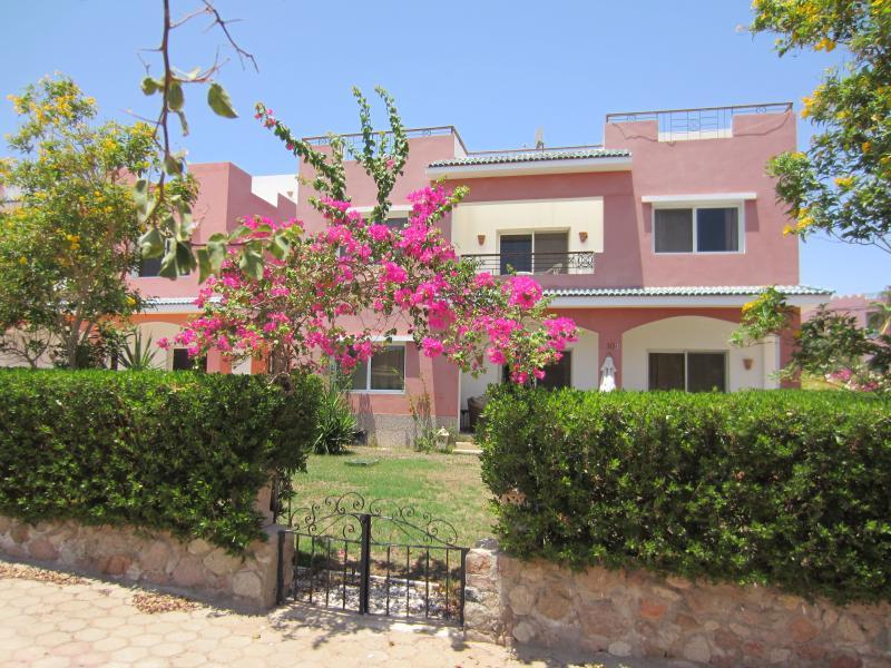 LUXURY 2BD APARTMENT (VIlla 10B2), holiday rental in Sharm El Sheikh