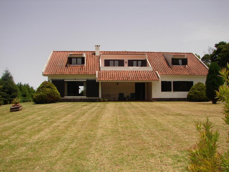 1- Front view from the Villa Izabel