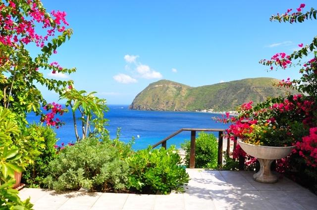 Amazing apartments ('D'), holiday rental in Aeolian Islands