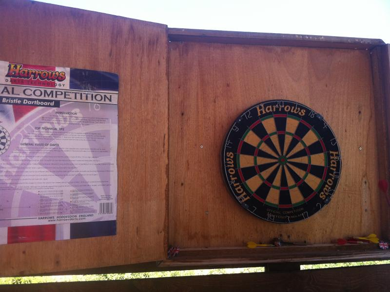 darts (outside game)