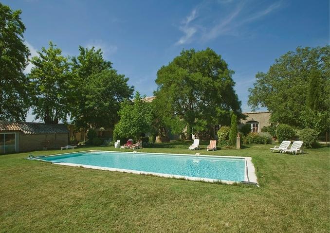 Vue du mas Sud piscine