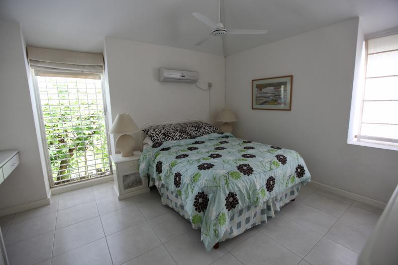 Master Bedroom ensuite bathroom A/C overhead fan