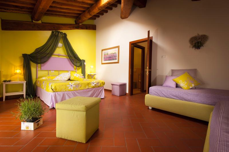 Lavanda quadruple bedroom