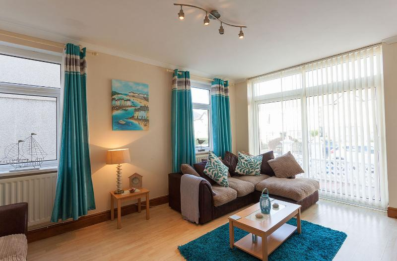 THE GATEWAY  -   PORTHCAWL ., vacation rental in Porthcawl