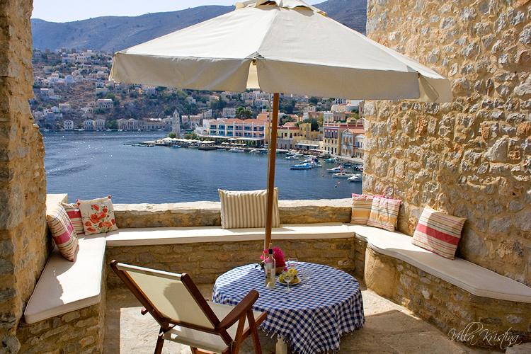 BEAUTIFUL VILLA WITH FABULOUS VIEWS OVER THE SEA - SPECIAL SPRING OFFERS!, holiday rental in Ano Symi