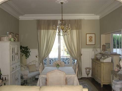 Près Paris chambre dans maison charme  30m2 + salle d'eau – semesterbostad i Sannois