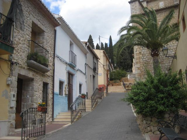 Streets in Lliber to the church