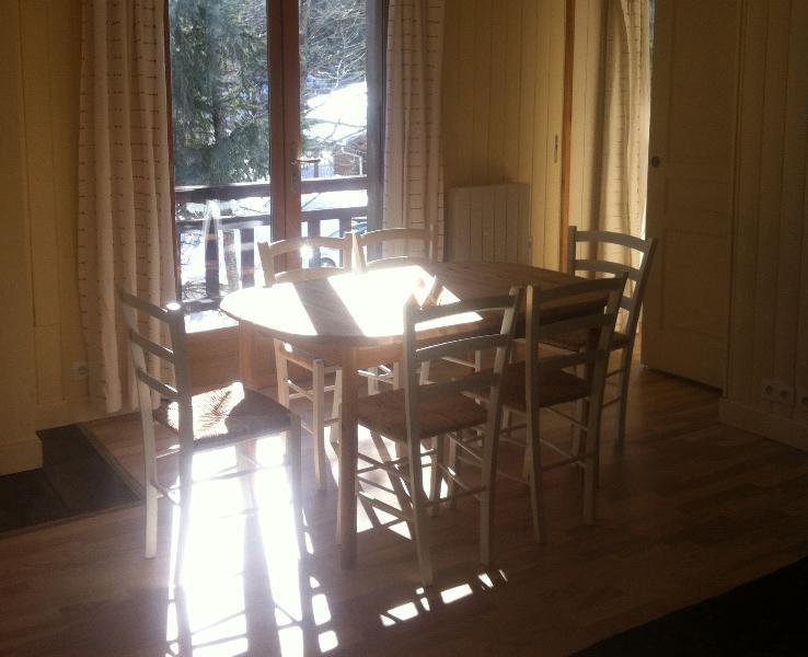 Sunny Dining area and balcony