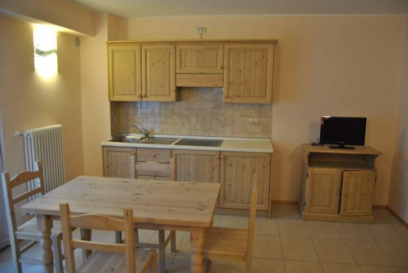 Bilocale10Casa VacanzaLa Rocca, holiday rental in Chiuro