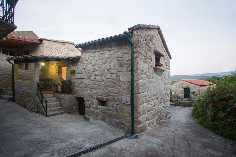 Casa de Ribô, Soajo, A. de Valdevez,PNPG 14776 AL, vacation rental in Viana do Castelo District