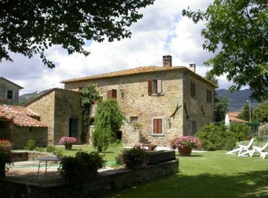 La-Bozza, Front, Eingang und privatem Garten