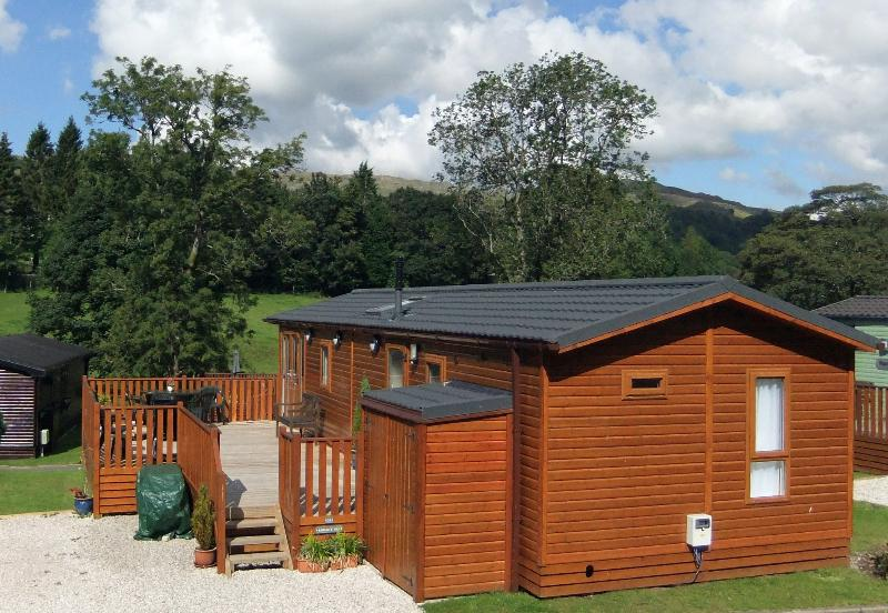 Our luxury lodge is situated in a prime position at Limefitt - a quiet corner, with lovely views!