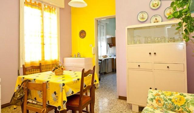 ampio appartamento luminoso, holiday rental in Province of Modena