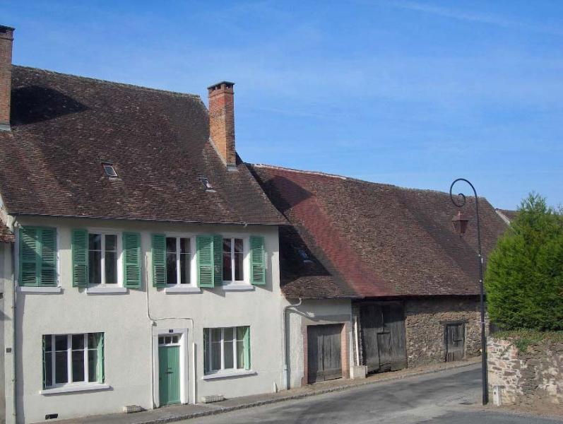 Vacances Vertes les Belles, vacation rental in Chateau-Chervix
