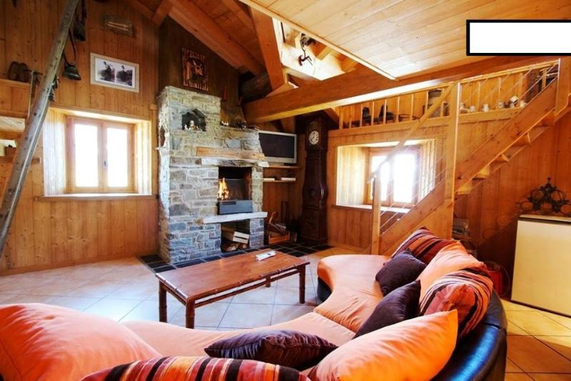Chalet 6 personnes, holiday rental in Montvalezan