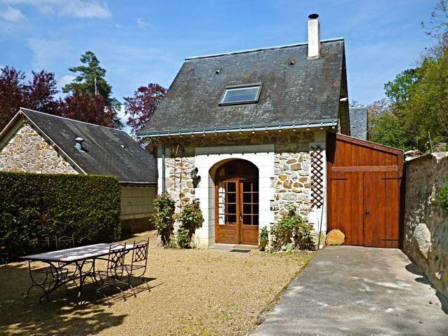 Gîte de charme 'douceur angevine', ancien poulailler entre Saumur et Angers