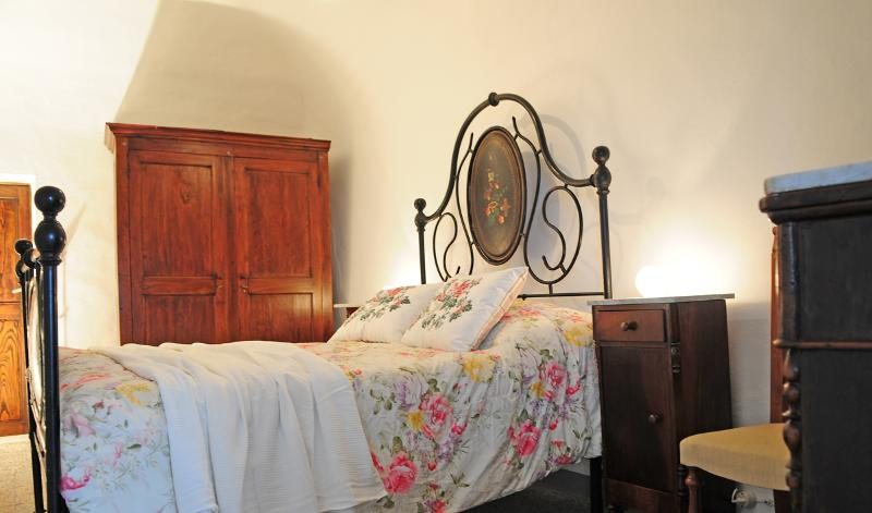 CASA FLORA, holiday rental in Lucignano