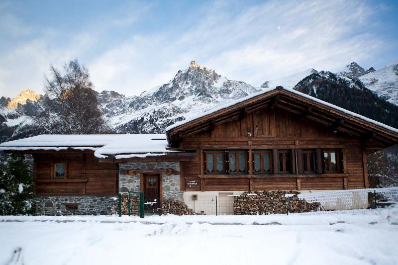 Chalet Maverick in the winter
