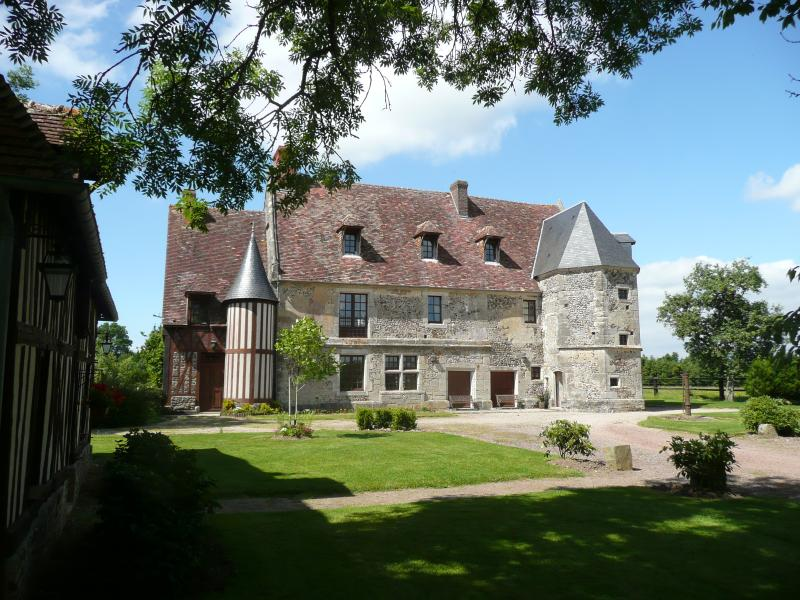Manoir et gîtes au Val AUX CLERCS, holiday rental in Orne