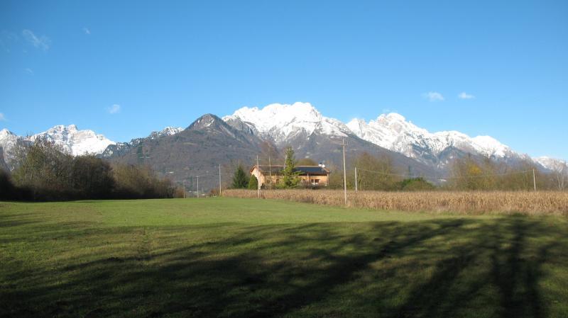 esterno con vista montagne