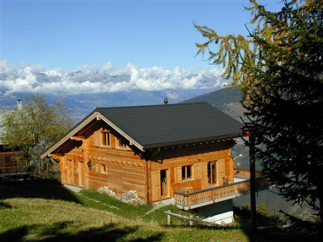 Chalet Etoile Polaire in summer