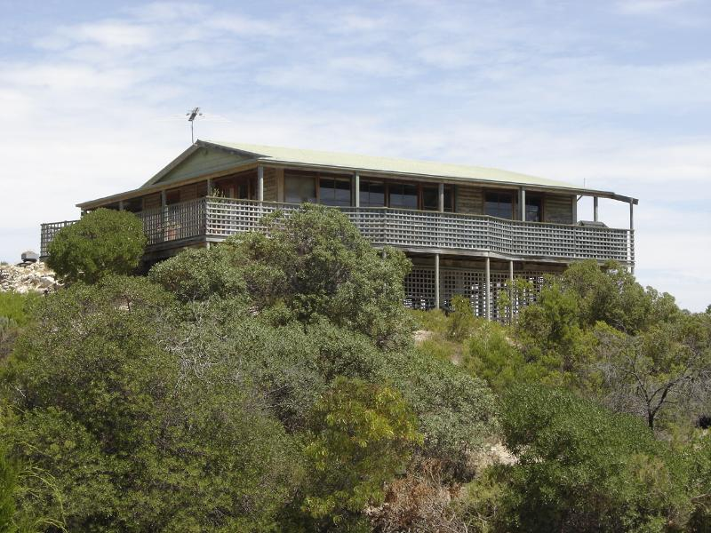 Lantauanan - The Lookout, vacation rental in American River