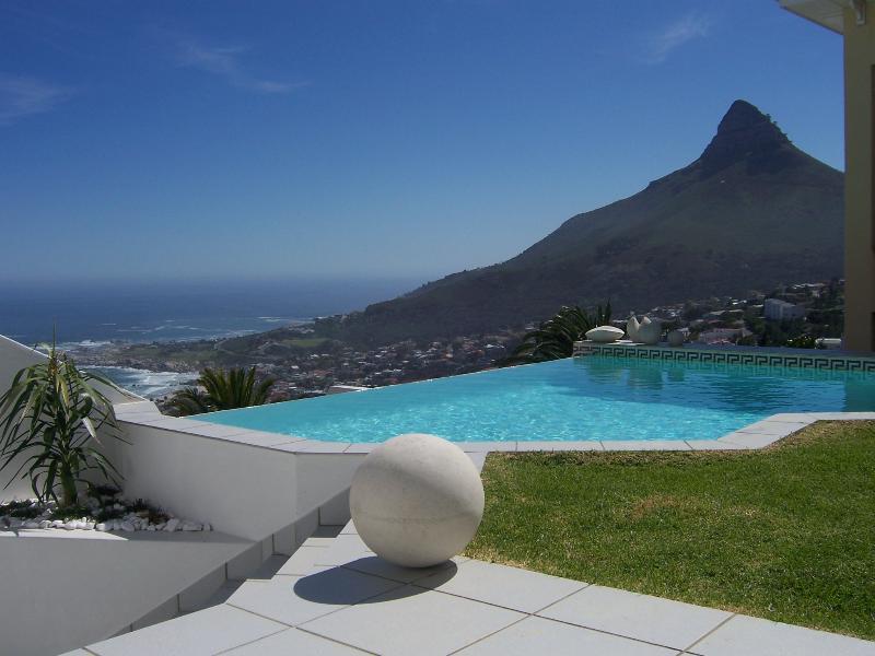 Lions Head & pool view