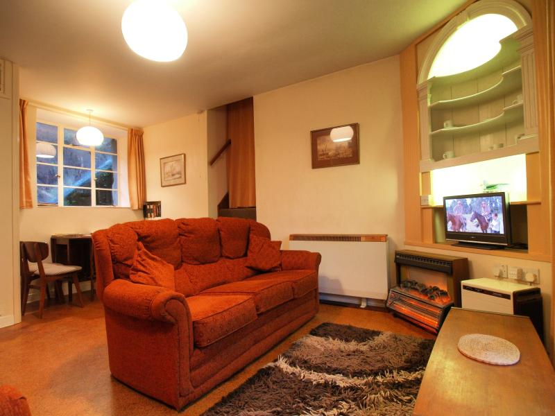 Ty Clyd's cosy living-room
