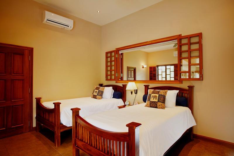 Camera da letto 4 con 2 singoli o letto matrimoniale e bagno separato
