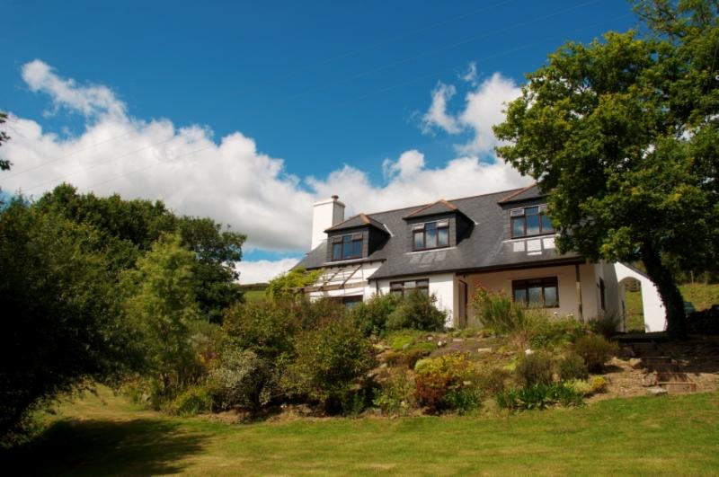 Orchard Cottage - luxury 5* sleeps-8 (plus cots) cottage in private estate
