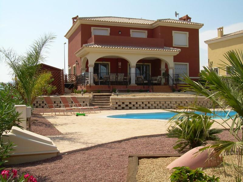 Villa Bonalba with own pool & garden on Bonalba Golf & Spa Resort