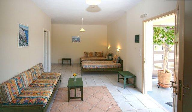COMFORTABLE ONE BEDROOM APARTMENT ONLY 5 MIN.WALK FROM CRYSTAL WATER SANDY BEACH