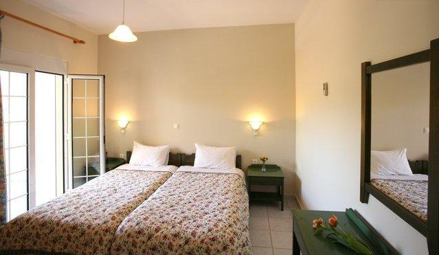 ARMONIA APARTMENTS-1, holiday rental in Almyrida