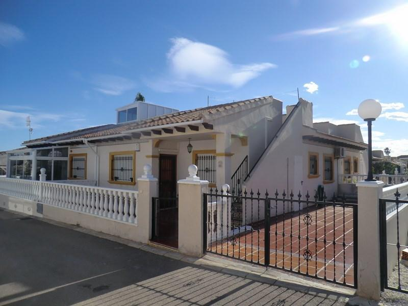 Cabo Roig 2 Bed  - Bungalow (G4), vacation rental in Orihuela Costa
