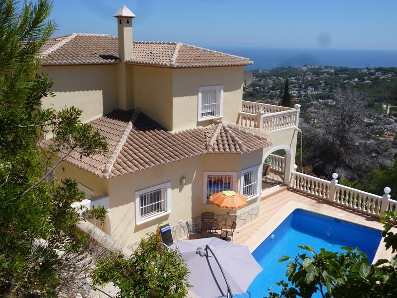 Villa Miraflores - modern house, sunny private pool and great sea-view