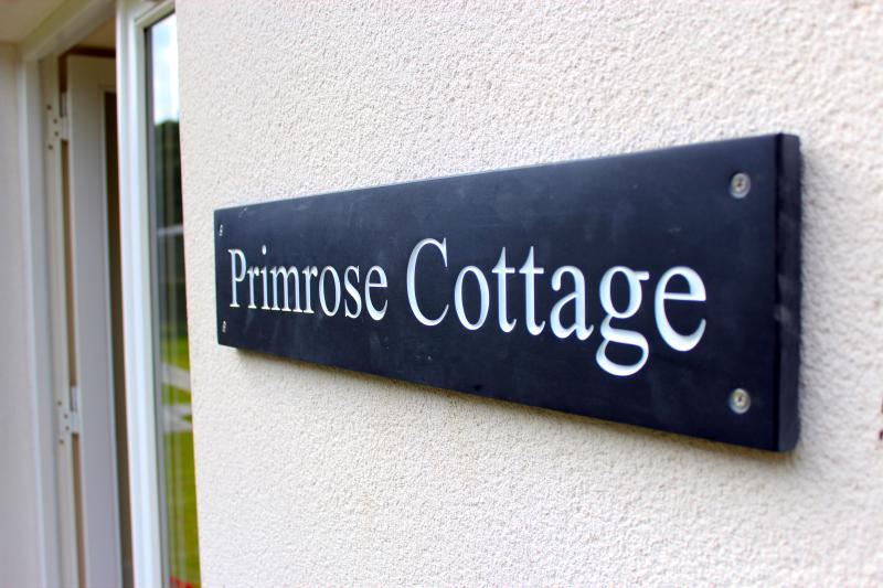 Primrose Garden Cottage at Loch Lomond