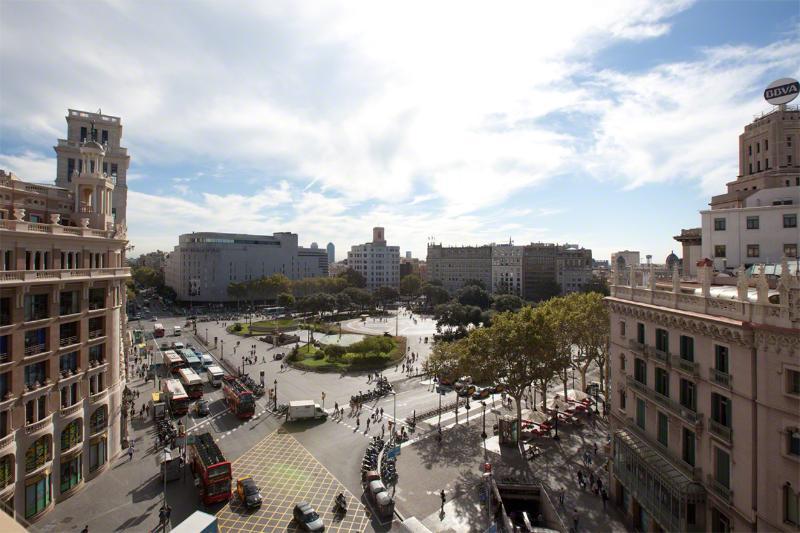 Ansichten der Plaça de Catalunya aus Master-Schlafzimmer