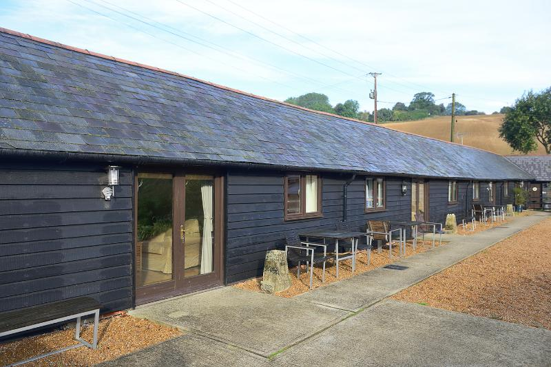 Old Sawmill 2 Mill Cottages, holiday rental in Brabourne