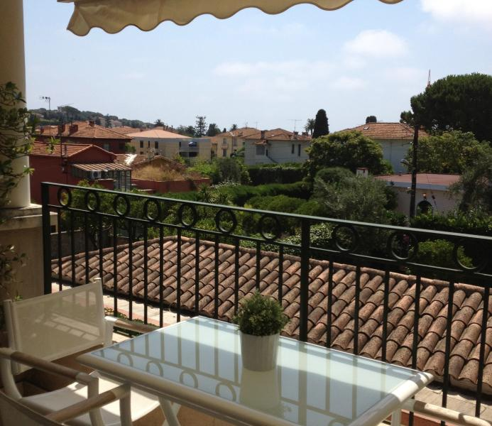 Elegant Cote d'Azur holiday apartment with balcony, holiday rental in St-Jean-Cap-Ferrat