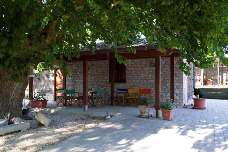 Sunflower Farm (v057), location de vacances à Urbin