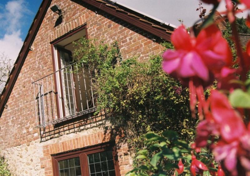 Bramley cottage outside