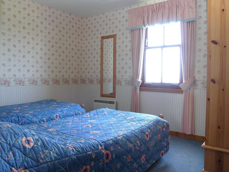 Ocean View Ground Floor Twin Bedroom photo 2