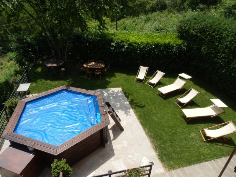 private garden and swimming pool