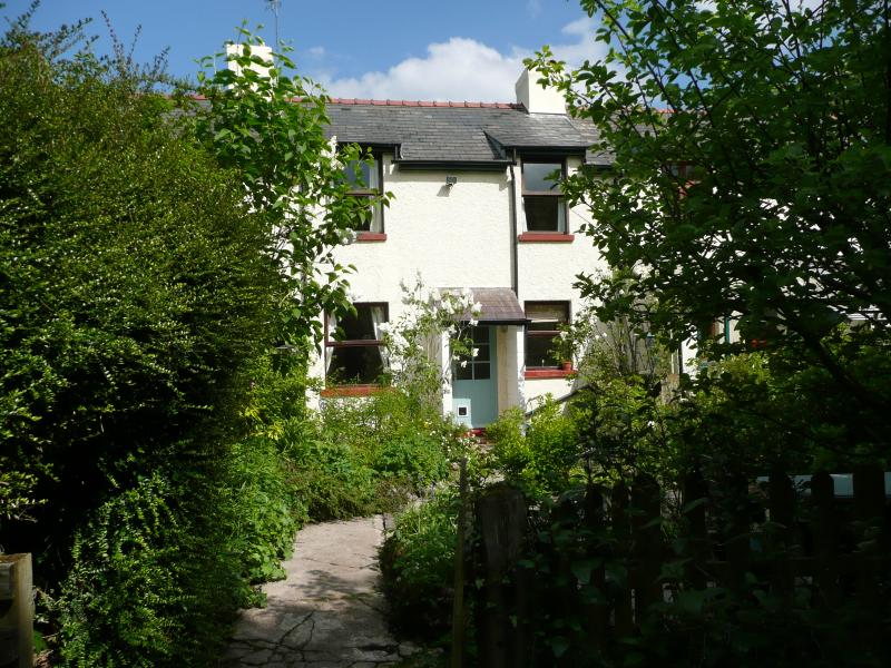 Cardiff City Cottage, holiday rental in Cardiff