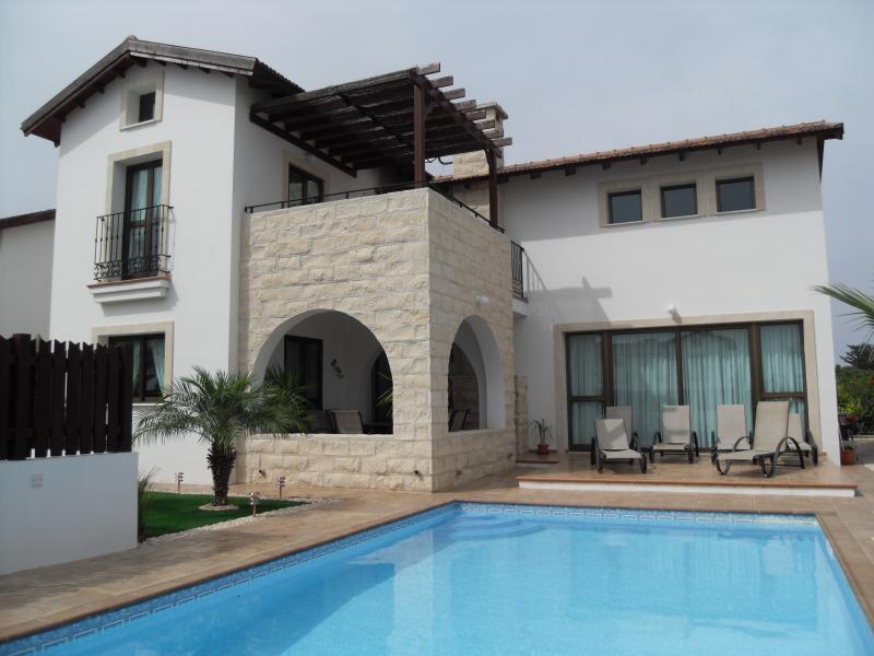 Rear view of Villa Penelope