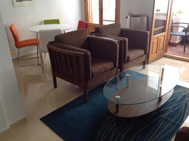 Living Room/Dining Room (Retiled in May 2013, new furniture)