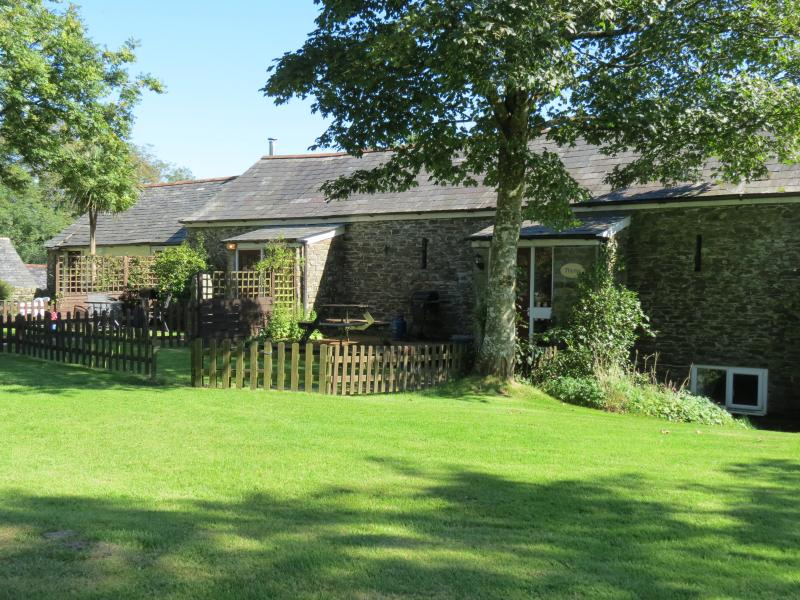 Sage Cottage is a quality dog friendly holiday home.